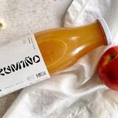 """""""Sustentable, ético, consciente""""... con estes valores de fondo, o resultado tería que ser igual de bo... E así é. Zume de mazá ecolóxica 100%, cultivada en Galicia (concretamente na zona de O Rosal) por Alex de @zumino_es. Vamos ver se es capaz de beber só un vaso… nós tivemos que repetir!🤤  Xa dispoñible en: uniqegourmet.com  ________  """"Sostenible, ético, consciente""""... con estos valores de fondo, o resultado tendría que ser igual de bueno... Y así es. Zumo de manzana ecológica 100%, cultivada en Galicia (concretamente en la zona de O Rosal), por Alex de @zumino_es. Veremos si eres capaz de beber solo un vaso… nosotrxs tuvimos que repetir!🤤  Ya disponible en:  uniqegourmet.com  #galiciacalidade #galiciamola #galiciamaxica #productosgallegos #productosartesanos #productosartesanosgallegos #productosgourmet #cestaspicnic #poemasgallegos #comerbien #disfrutaverano #gourmetexperience #slowlife #galicia #orgullogalego #DisfrutaGalicia #Gastronomíagallega #gastronomiagallega #zumoecologico #zumogallego #zumodemanzana #productosecologicos #produtolocal #productosveganos"""